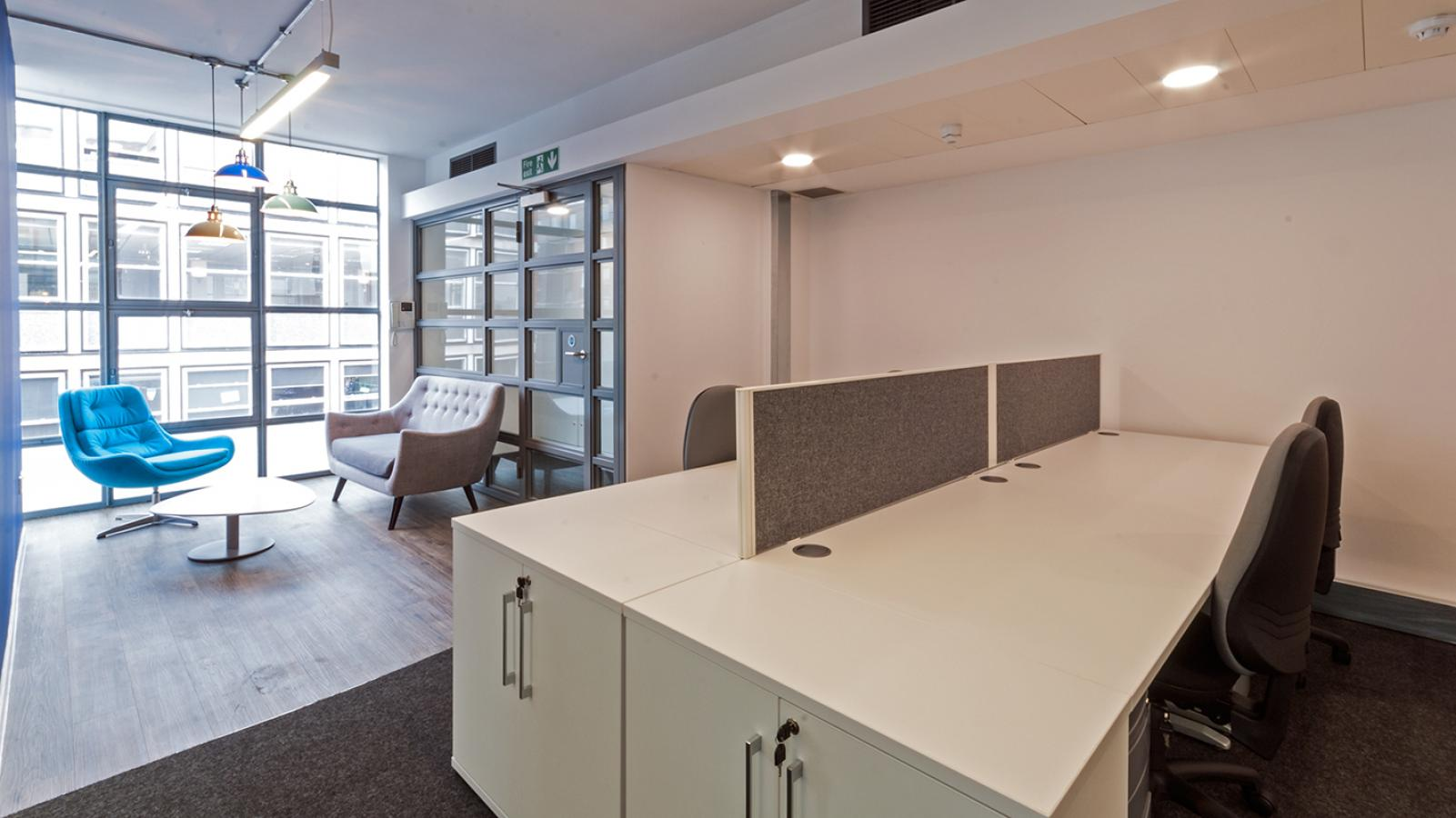 cakeDesking and Open Plan 1